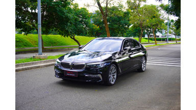 2018 BMW 5 Series G30 520i