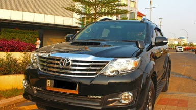 2015 Toyota Fortuner G VNT - ada record service toyota (s-0)