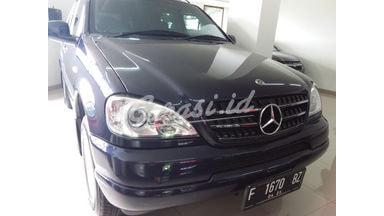 2001 Mercedes Benz ML-Class ML 320 - Barang Bagus Dan Harga Menarik