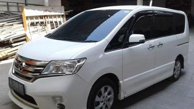 2013 Nissan Serena Highway Star - good condition