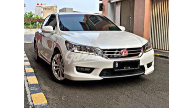 2015 Honda Accord VTIL - Mobil Pilihan