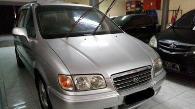 2004 Hyundai Trajet 2.0 - Siap Pakai