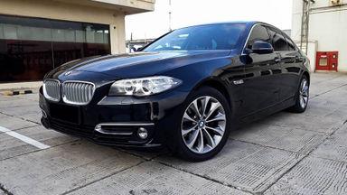 2014 BMW 5 Series 520i - Mobil Pilihan