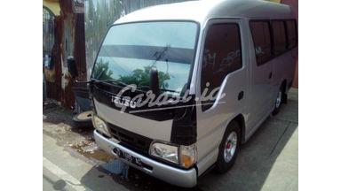 2010 Isuzu Elf Minibus mt - Terawat Siap Pakai