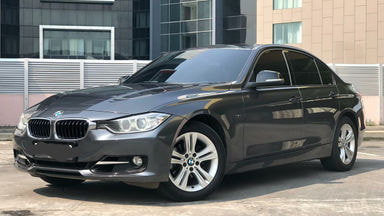 2015 BMW 3 Series 320 sport - City Car Lincah Dan Nyaman