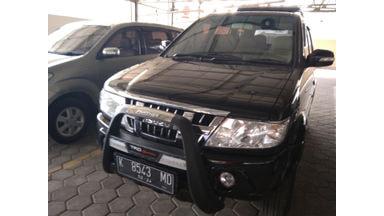 2014 Isuzu Panther Touring - Barang Istimewa