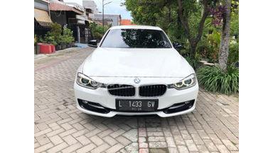 2014 BMW 320i F30 - Siap Pakai Dan Mulus