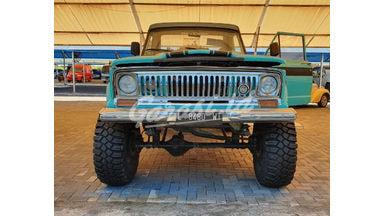 1975 Jeep Cherokee Caravas Gladiator