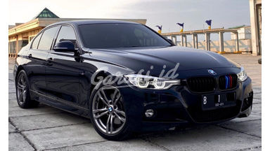 2018 BMW 3 Series 330i F30 M-Sport - Mobil Pilihan