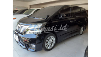 2010 Toyota Vellfire Z Audioless - Good Condition