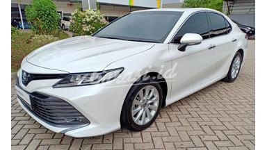 2019 Toyota Camry V