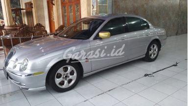 2000 Jaguar S-Type S - Istimewa