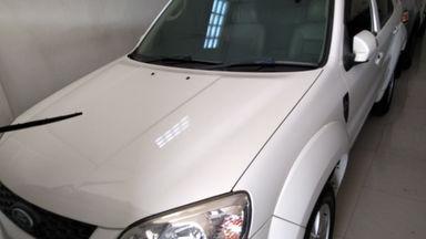2011 Ford Escape Limited - SIAP PAKAI!