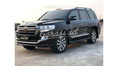2019 Toyota Land Cruiser VX-R - Mobil Pilihan