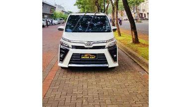 2017 Toyota Voxy at - SIAP PAKAI !