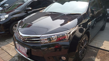 2015 Toyota Corolla V Altis - Siap Pakai