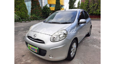 2013 Nissan March AT