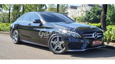 2018 Mercedes Benz C-Class C300 Amg - LOW KM Perfect