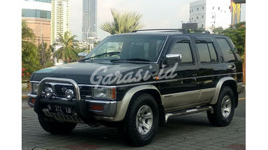 2001 Nissan Terrano Kingsroad - Mulus Terawat