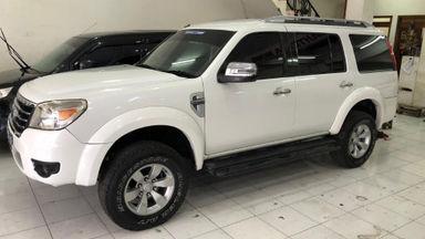 2010 Ford New Everest 2.5 L XLT - istimewa putih (s-2)