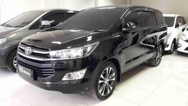 2016 Toyota Kijang Innova V - Nego Halus
