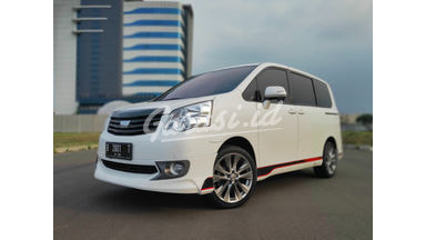 2013 Toyota Nav1 V - Kondisi Istimewa, Low KM, Full Orisinil