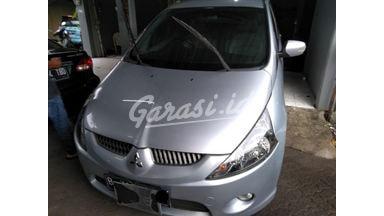 2007 Mitsubishi Grandis at - SIAP PAKAI!
