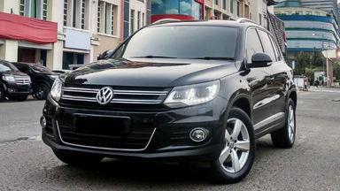 2013 Volkswagen Tiguan TSI - Mobil Pilihan