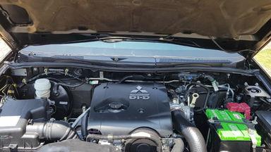 2015 Mitsubishi Pajero Sport EXCEED - Istimewa siap pakai (s-9)