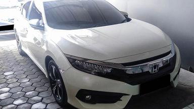 2018 Honda Civic ES Turbo - Mobil Pilihan