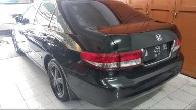 2004 Honda Accord MT - mulus terawat, kondisi OK, Tangguh (s-4)