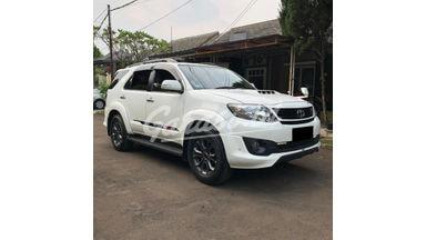 2014 Toyota Fortuner G VNT TRD - Mobil Pilihan
