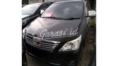 2013 Toyota Kijang Innova at - SIAP PAKAI!