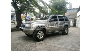 2000 Jeep Grand Cherokee Laredo - Chantiq Luar Dalem Istimewa Mulus