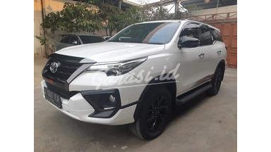 2019 Toyota Fortuner Vrz trd - Mobil Pilihan
