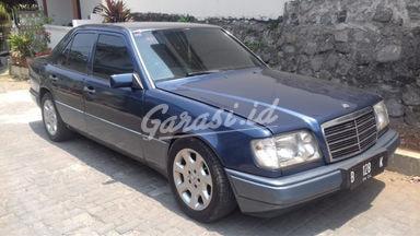 1994 Mercedes Benz B-Class E320 - Bisa Nego