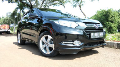 2015 Honda HR-V E CVT - Kondisi Mulus Terawat (s-1)
