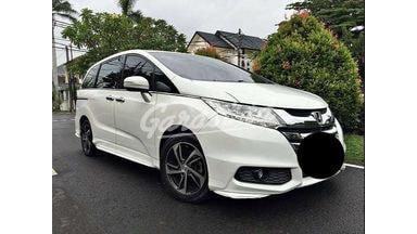 2013 Honda Odyssey 2.4 - Siap Pakai
