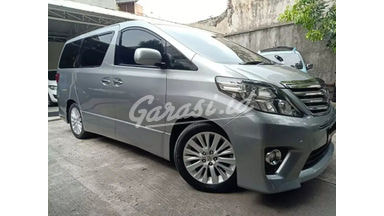 2013 Toyota Alphard CBU Premium - Apik Mulus Build Up Premium Full Rawatan