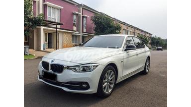 2016 BMW 320i SPORT LCI