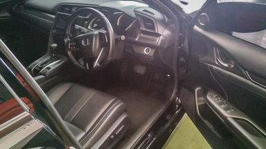2018 Honda Civic VTEC Turbo - Mobil Pilihan (s-5)