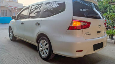 2014 Nissan Grand Livina SV - Mobil Pilihan (s-3)