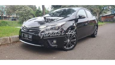 2015 Toyota Corolla Altis V  1.8