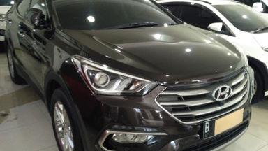 2016 Hyundai Santa Fe Limited - Istimewa