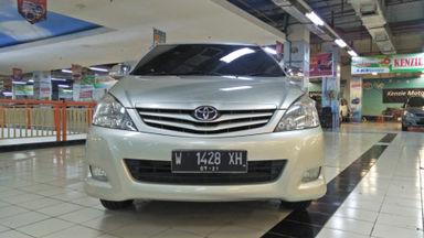 2011 Toyota Kijang Innova E+ - Barang Bagus Siap Pakai (s-5)