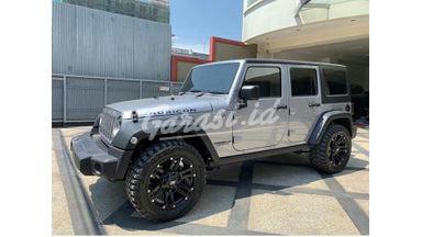 2014 Jeep Wrangler rubicon 4x5 - Harga Menarik