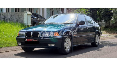 1997 BMW 3 Series 318 I - Barang Antik