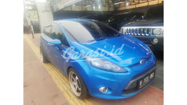 2010 Ford Fiesta trend - Barang Cakep