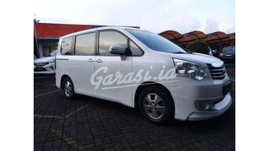 2013 Toyota Nav1 V - Like New Tdp Rendah