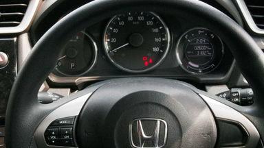 2016 Honda BR-V E CVT - Mobil Pilihan (s-8)